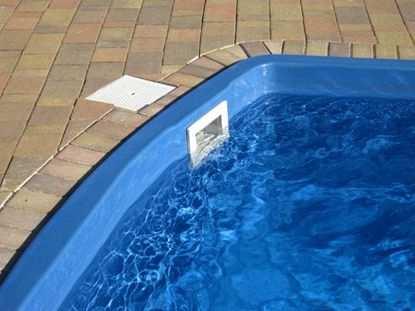Скиммер для бассейна. Что это и для чего он нужен?