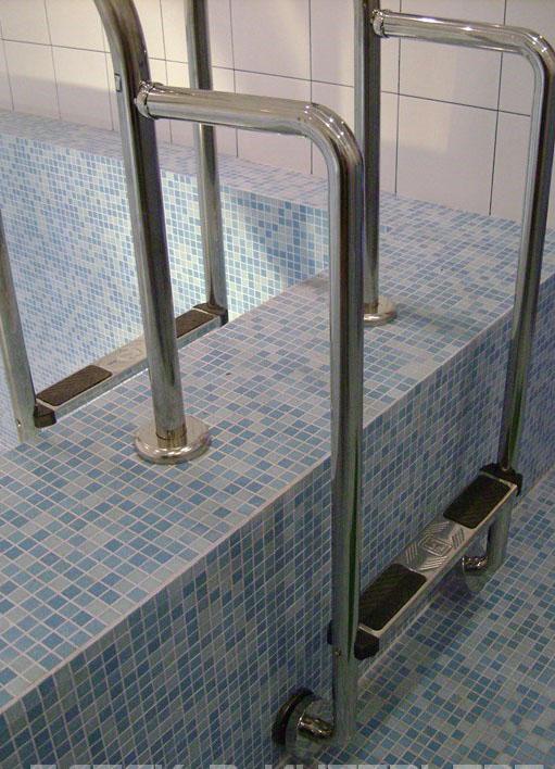 , Как подобрать лестницу для бассейна?